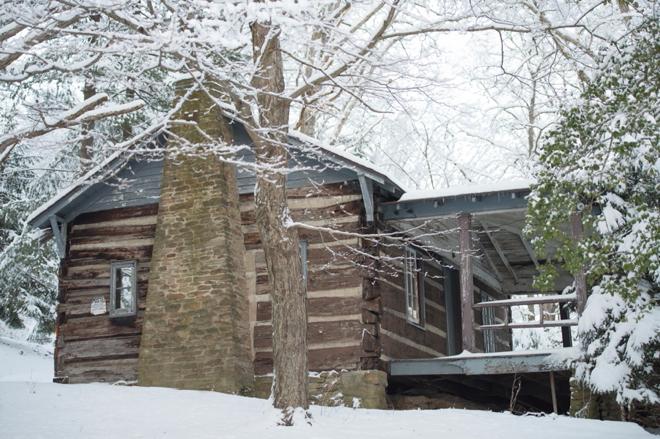10-snowy-cabin