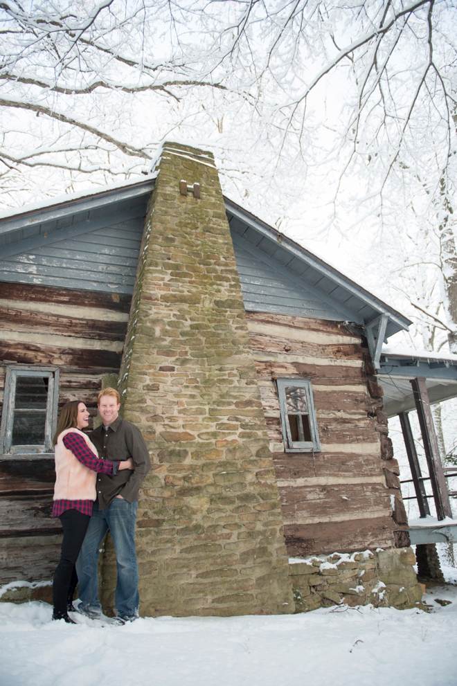 12-snowy-engagement-cabin