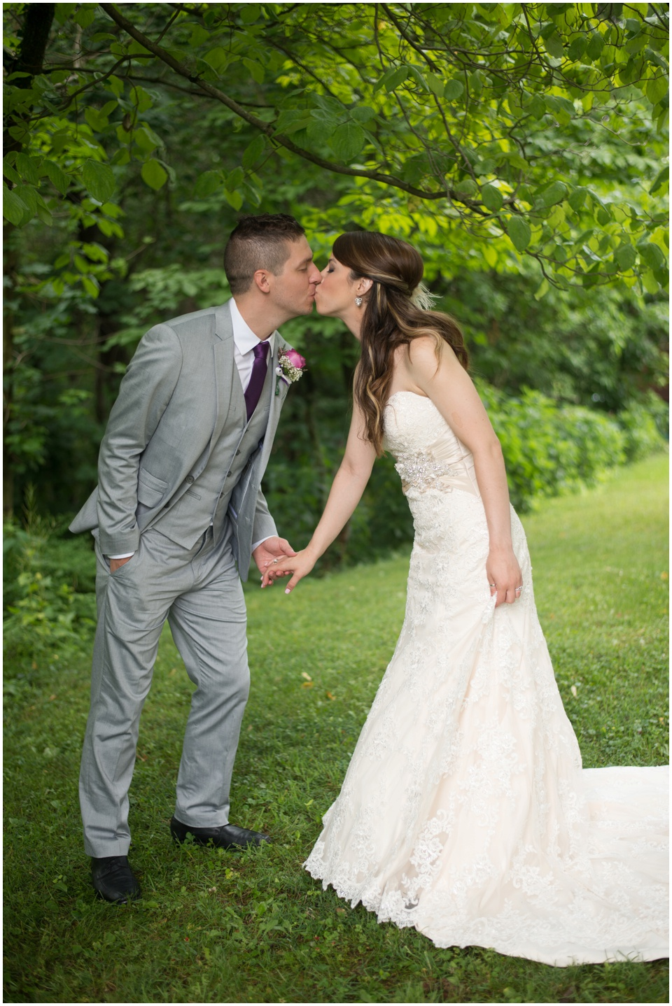 16-wedding-kiss-morgantown