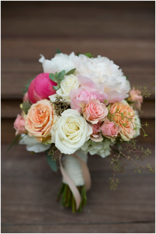 Stonewall-Resort_0007-blooms-florist