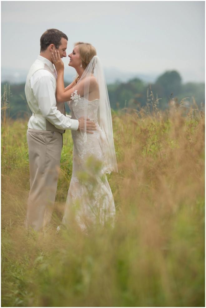 Amberlee-Christey-Photography-2015-Best-of-weddings-West-Virginia__0219