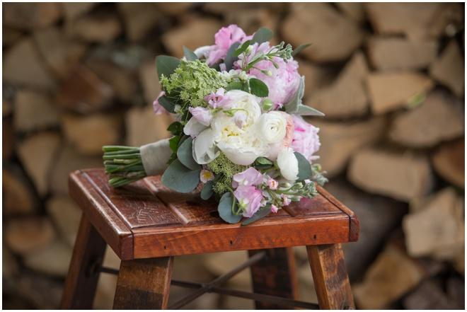 01-Lamberts-Winery-Wedding-Blooms-Florist-Bridgeport