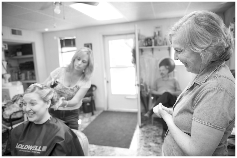 03-Morgantown-Wedding-Photography-Dorseys-Knob