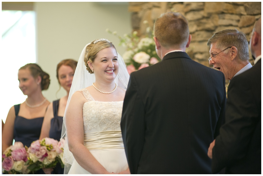 10-Morgantown-Wedding-Photography-Dorseys-Knob