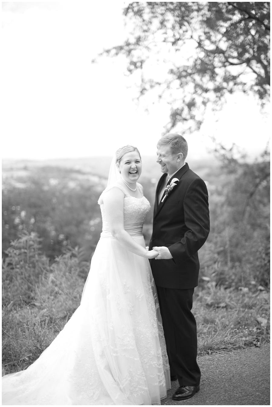 18-Morgantown-Wedding-Photography-Dorseys-Knob