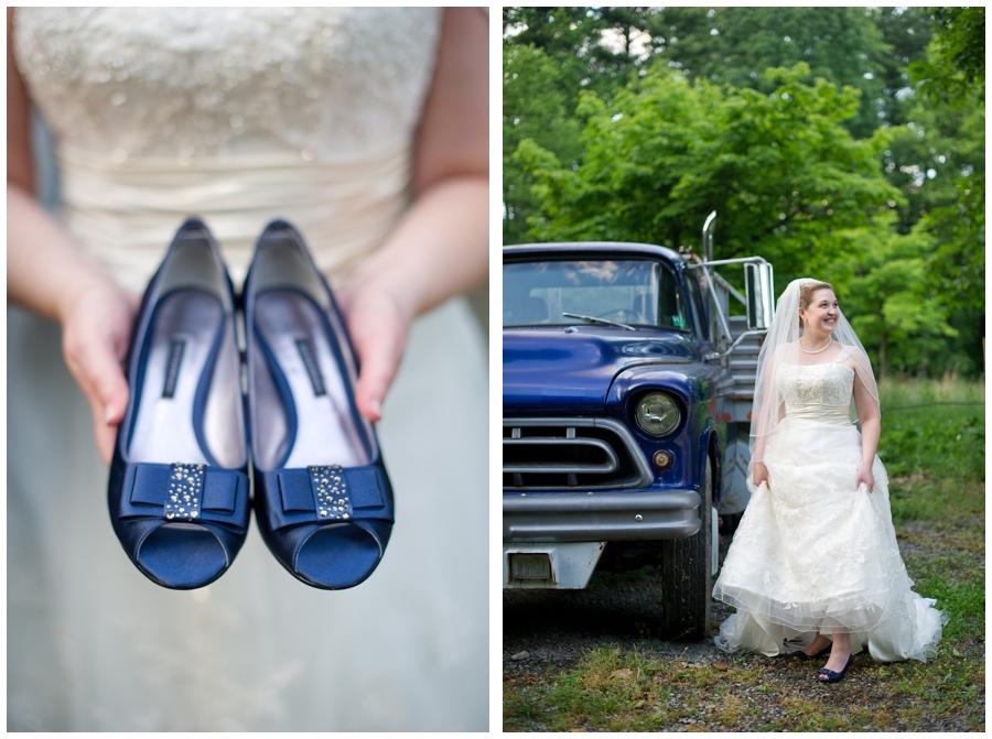 26-Morgantown-Wedding-Photography-Dorseys-Knob