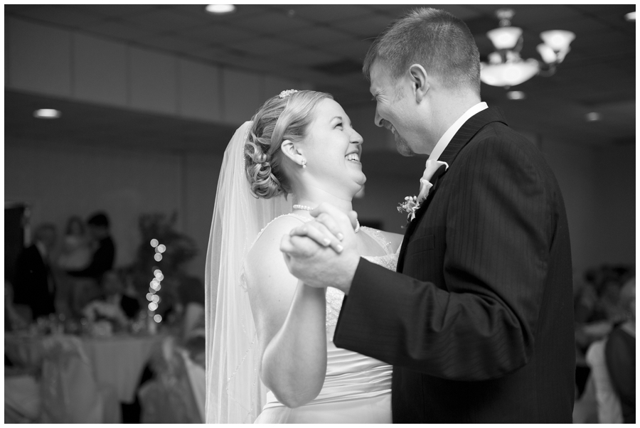 31-Morgantown-Wedding-Photography-Dorseys-Knob