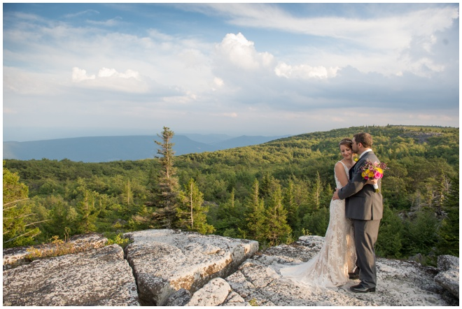 021-Dolly-Sods-Wedding-Elopement-Bear-Rocks-Overlook-Sunset